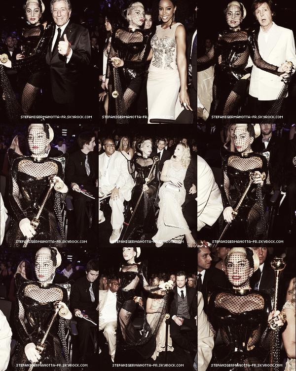 Lady Gaga a la cérémonie des Grammy Awards 2012 !