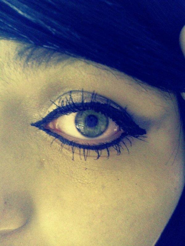 Look at me.