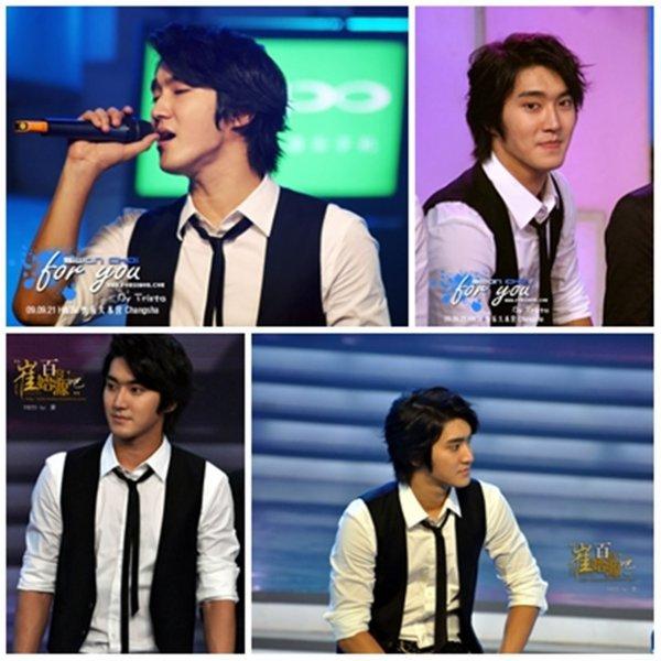 Siwon en train de filmer l'émission chinoise Happy Camp le 22 Septembre 2009