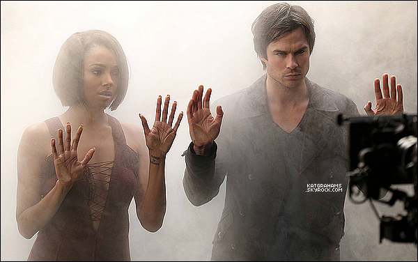 Photo de Kat et Ian Somerhalder sur le shoot pour les photos promotionnelles de la saison 6.