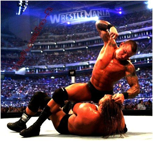 Retour vers le passé - Les Meilleurs Combats : 1er : Randy Orton .vs. Triple H - Wrestlemania 25