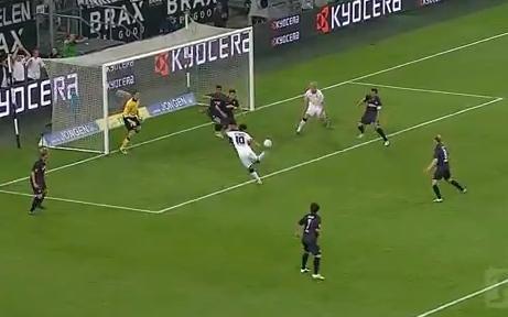 """A Mönchengladbach, un but de De Camargo est élu """"but de l'année"""" (vidéo)"""