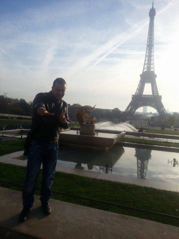 Hicham Ada Hanifi __ Paris Tour Eiffel