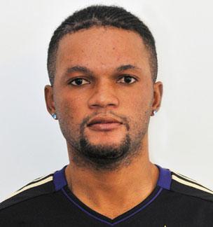 Hugue Bedi Mbenza a signé un contrat de 3 ans