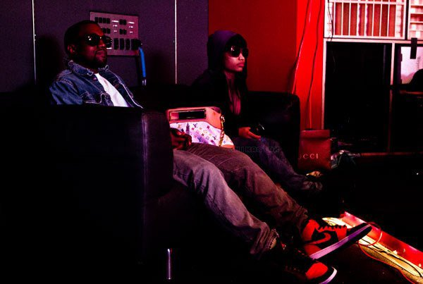 Candid & Instagram: Kanye and Kim In New York + TRACKLISTING: G.O.O.D. MUSIC – 'CRUEL SUMMER' + Kanye West au Studio With Nicki Minaj