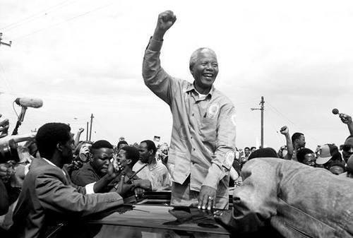 """""""Je suis le maître de mon destin, le capitaine de mon âme."""" ~Nelson Rolihlahla Mandela"""