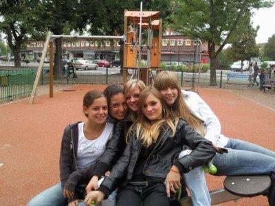 Jade , Katia , Mélany et moi