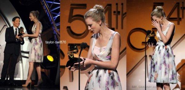 Photos du Grammy (Taylor a été recomposée 2 fois )