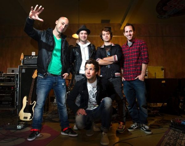 Simple Plan sortira un EP
