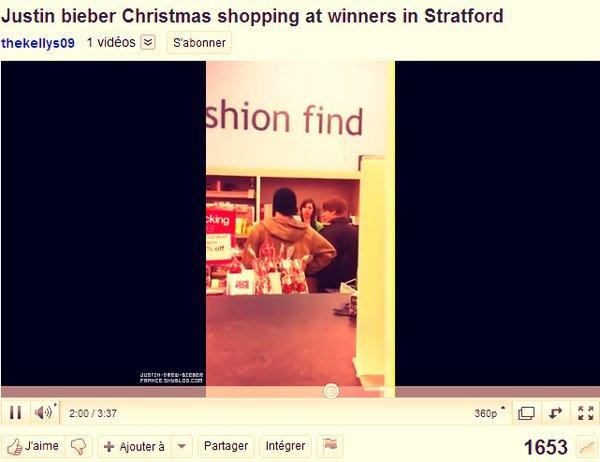 . ♥ 12/26 . Justin fait ses dernières courses de Noel à Stratford :D .