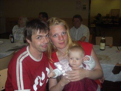 moi et mon futur mari et ma fieulle louane je vous aime grave