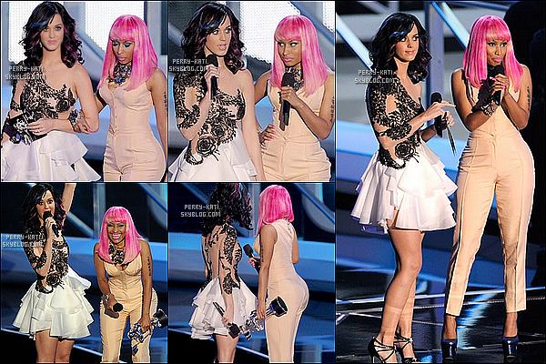 _____Dimanche12 Septembre - Los Angeles  Katy perry était présente à la cérémonie des MTV Video Music Awards 2010 où elle était nominée dans les catégories suivantes: Best Pop Vidéo et Best Female Vidéo. Malheureusement la belle est repatie bredouille comme ses deux amies Rihanna et Ke$ha. La faute à qui ? A mademoiselle Gaga qui à raflée 8 récompenses. Elle est donc la reine incontestée des MTV Video Music Awards 2010 (félicitation à elle... sans rancunes ^^). Petite anecdote: C'était à cette cérémonie que Katy à rencontré Russell Brand -son futur mari- il y a tout juste 1 an !