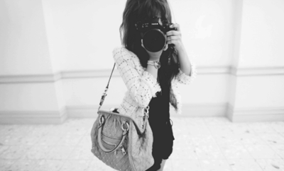 .  Non, tu n'es pas un photographe, tu es juste un adolescent avec un Nikon.  .
