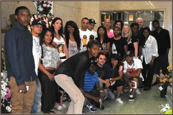 I love my Aaliyah family!!! Oui c'est une grande famille: ils sont adorables!!!! [photos by Joel Bazil]