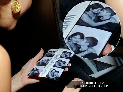 Selena gomez et justin♥  = Jelena :c'est officiel  , ils etaient  a deux a la céromonie des oscars 2011