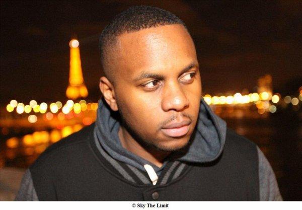 """En attendant la sortie du prochain clip de Diomay extrait de l'album """"90 BPM"""", Sky The Limit Vidéo et http://www.djpimp.net/ vous présentent : Diomay dans """"Niggas in Paris"""" remix 100% Paris dans toutes ses couleurs et toute sa #lourdeur"""