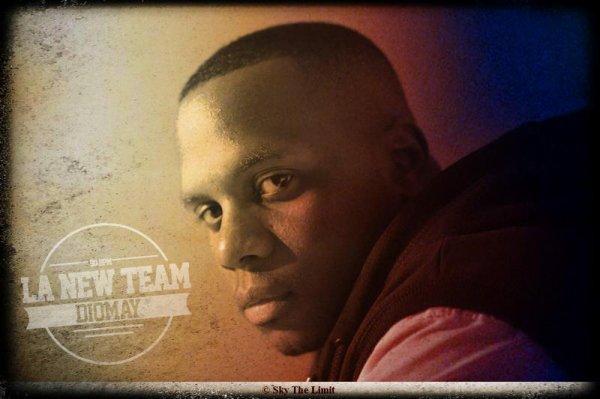 Diomay et Sky The Limit présente le clip du titre La New Team extrait de l'album 90 BPM (« certifié classique sur Facebook », et pas que…) toujours dans les bacs. Avec ce clip l'album a entièrement été clippé ! Diomay nous replonge dans notre enfance, du moins pour ceux qui ont connu, vous l'aurez douté au vu du titre « La New Team » :  Captain Tsubasa (Olive Et Tom en français). Le clip est donc à l'image du morceau.