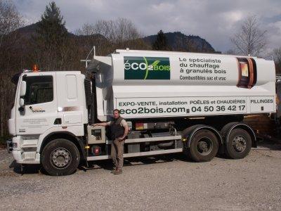 nouvelle deco du camion de benji    http://transports-betemps.over-blog.com