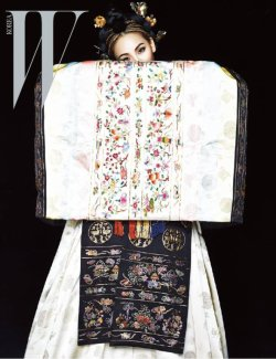 Photos de CL en hanbok pour W Korea ~