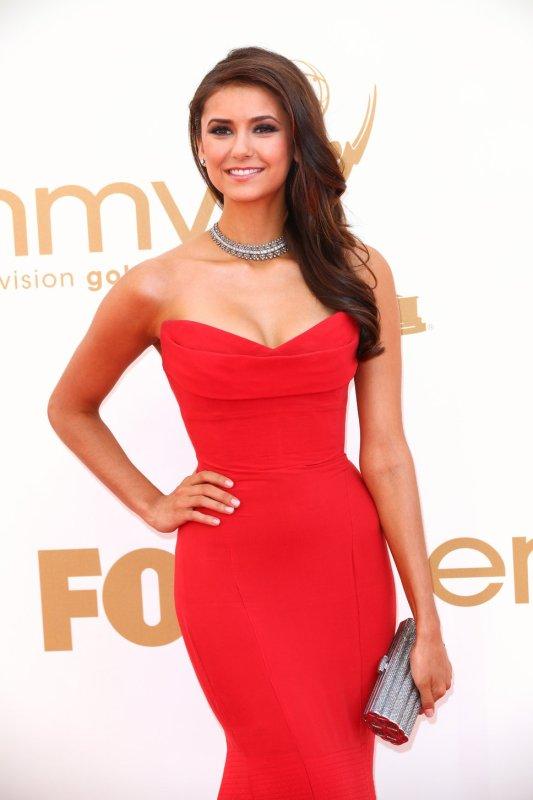 Quelle actrice porte le mieux la couleur rouge?