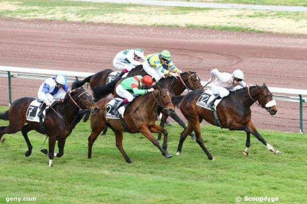 lundi 23 février un quinté de marseille plat 16 chevaux meilleures co9tes du matin 4 16 9 12 8 14 13 15