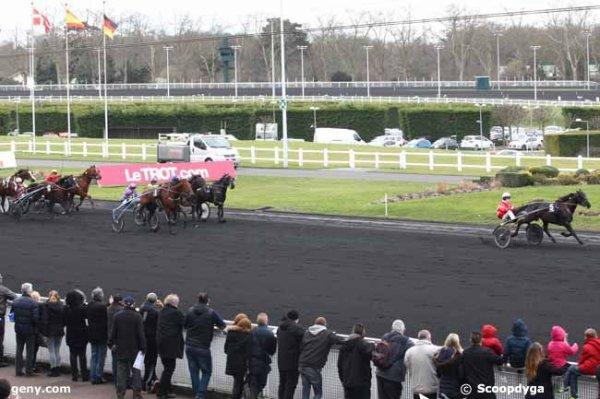 samedi 28 fevrier 2015 vincennes un non partant le 17 au départ 16 chwevaux à 15h 08 arrivée 5 1 7 8 12