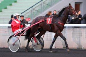 mercredi 3 juin 2015 - laval g.n.t. trot attelé 18 chevaux meilleures cotes 4 12 10 3 17 6 2 11...résultat 4 12 7 10 2