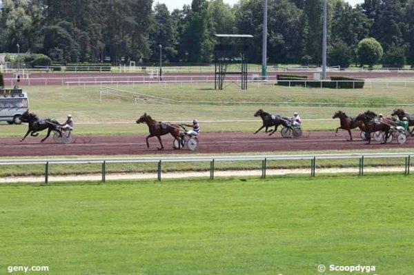 mercredi vichy trot attelé 15 chevaux mon choix 2 12 10 16 3 - 6 9 14 (7/4) arrivée 4-7-16-12-14