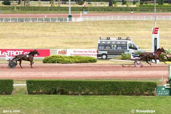 samedi 4 juillet 2015  trot attelé 15 chevaux a ENGHIEN mon choix 1 8 5 7 2 - 6 3 11 10 et les meilleures cotes du matin 8 1 5 9 3 11 2 7 6 ..