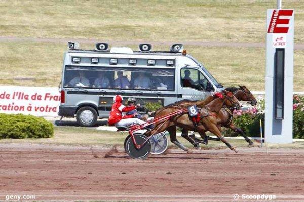 samedi 11 juillet 2015 trot attelé a enghien 16 chevaux meilleures cotes du matin 5 2 14 6 3 11 arrivée 5 6 1 10 11