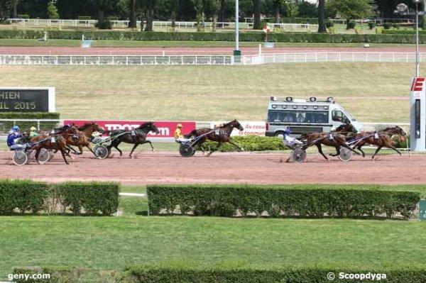 mercredi 29 juillet 2015 enghien trot attelé avec 16 chevaux arrivée de mercredi ceci 6 1 12 7 5