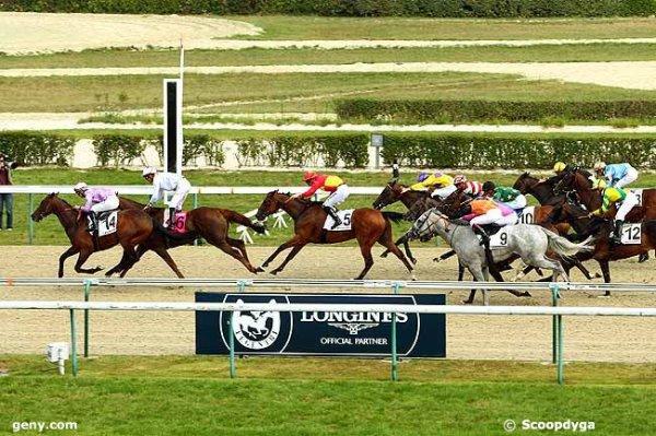 mardi 4 août 2015 - deaville plat 16 chevaux 1900 mètres mon choix 11 10 15 3 14 5 8 6 4 arrivée 14 6 5 8 7  8