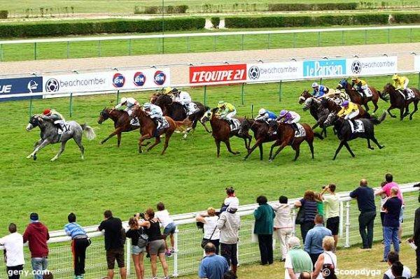 jeudi 20 août 2015 deauville r1c3 - plat 16 chevaux meilleures cotes 4 10 6 3 12 11 7 2 ....arrivée 12 6 13 4 16