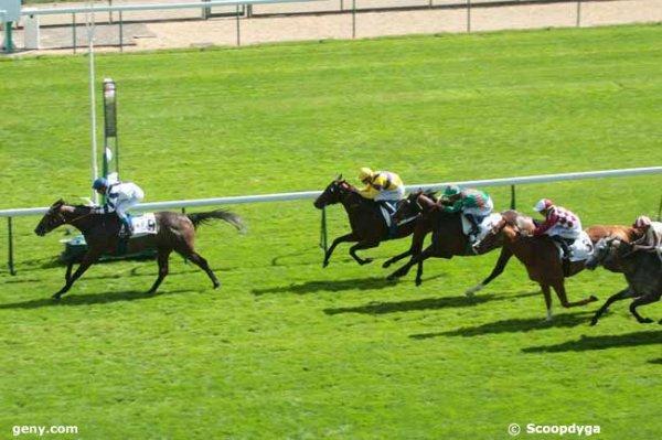 jeudi 3 septembre 2015 longchamp plat 1400 mètres nouvelle piste 18 chevaux arrivée 9 4 14 3 15