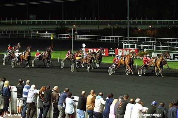 vincennes - vendredi 11 septembre 2015 trot attelé 16 chevaux départ à 20h25 arrivée 12 10 11 14 3