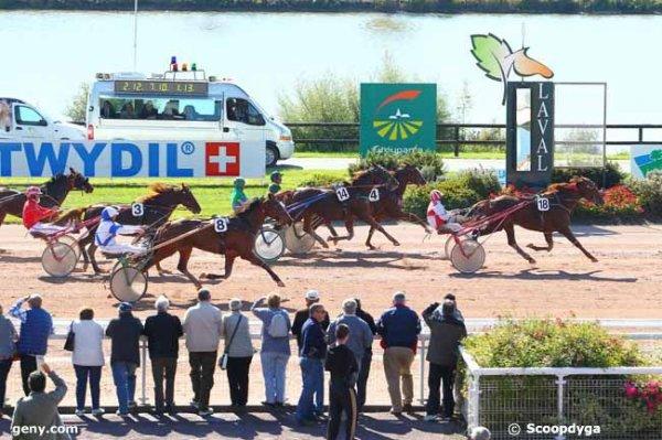 mercredi 30 septembre à LAVAL un quinté de trot attelé avec 18 chevaux arrivée de cette course 18 4 14 8 3