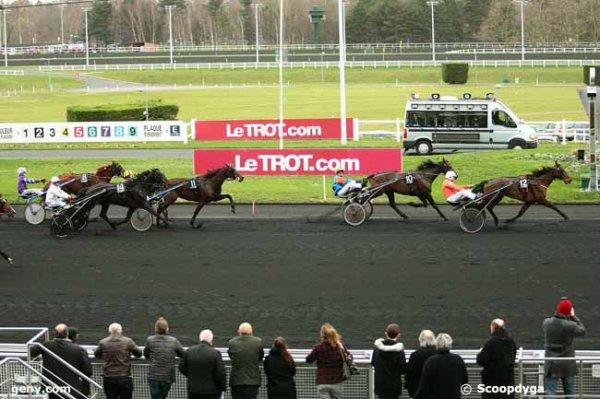 samedi 2 janvier 2016 vincennes trot attelé 14 chevaux meilleures cotes 12 5 4 10 8...arrivée 12 10 11 14 9