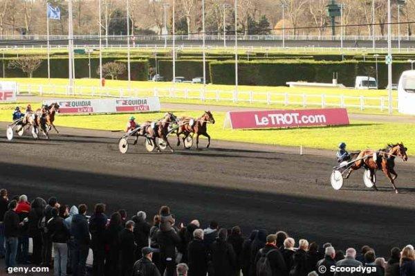 dimanche 7 février 2016 à vincennes trot attelé 18 chevaux le grand prix d'AFRIQUE arrivée 4 14 10 13 17