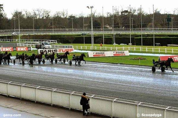 lundi 8 fevrier 2016 vincennes trot attelé 15 chevaux mon choix 11 6 1 5 3 ...résultat ceci: 11 10 2 1 7