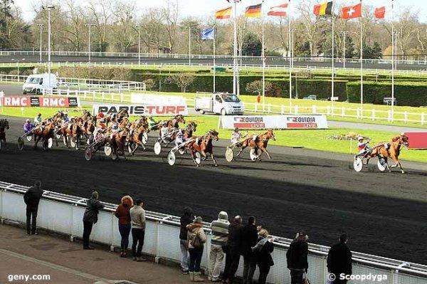 lundi 15  février 2016 vincennes 18 chevaux trot attelé arrivée ceci:  6 16 11 7 13