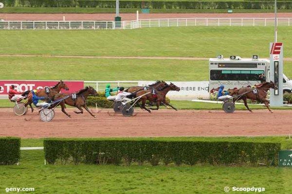 samedi 23 avril 2016 trot attelé à enghien départ à 15h15 à l'autostart 15 chevaux arrivée10 1 8 14 5