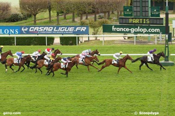 lundi 25 avril 2016 saint cloud 13 chevaux plat 2400 mètres mon choix 2 13 3 9 5 11 12 1 4,,, arrivée 9 4 7 8 13