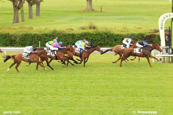 mardi 26 avril 2016 un quinté de plat a maisons-laffitte 16 chevaux 2400 mètres arrivée 1 3 14 16 11