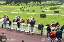 lundi 13 juin 2016 plat 16 chevaux  arrivée 12 8 6 15 1 mardi 14 juin 2016 nantes plat 1600 m.