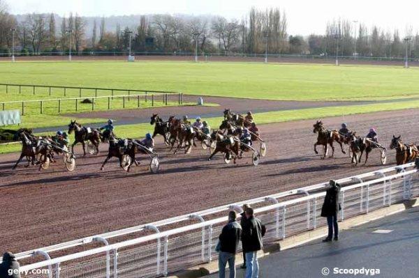 jeudi 22 décembre 2016 trot attelé a cabourg avec 16 chevaux - résultat  8 10 7 15 6