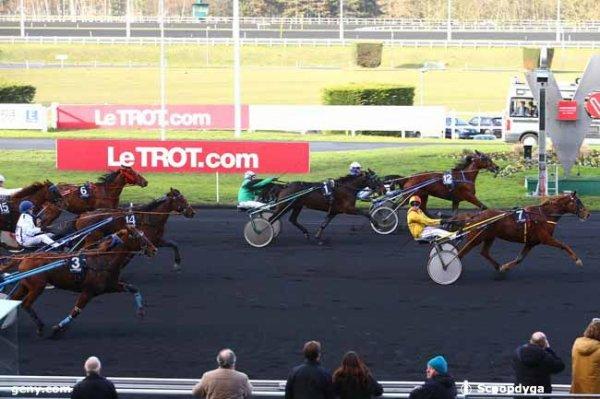 jeudi 5 janvier 2017 - vincennes 15 chevaux trot attelé résultat 7  12  1  3  14