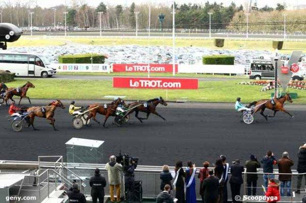 dimanche 5 février 2017 - vincennes - grand prix d'afrique - mon choix 15 4 3 7 13 .......arrivée 4 18 9 5 12