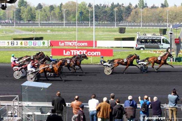 ce samedi 8   avril  2017  vincennes trot attelé  18 chevaux mon   choix  13 2 18  17  8 ..arrivée 9 6 8 10 15