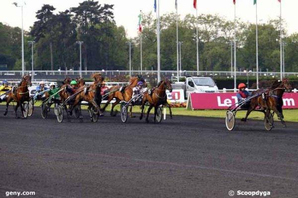 vendredi 28 avril 2017 - vincennes 18 chevaux mon choix 4 3 18 2 8....arrivée 18 15 11 13 7