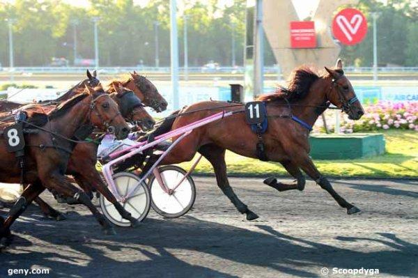 vendredi 9 juin 2017 - vincennes trot attelé  16 chevaux mon choix  4 10 8 16 9.....arrivée 11 8 15 16 7